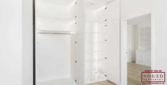 Built in wardrobe with lights