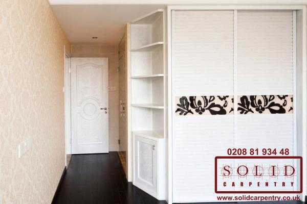 Sliding doors wardrobe